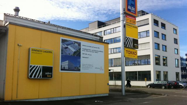 Gebäude Zebrabox Therwil