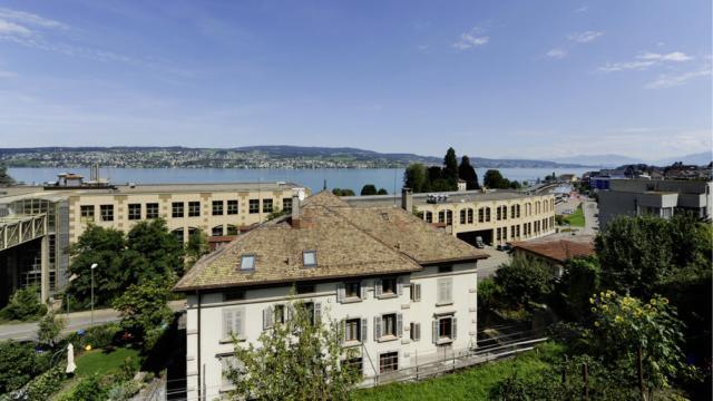 Seehallen Aussicht auf den Zürichsee